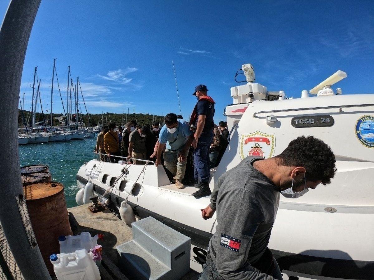 İzmir açıklarında düzensiz göçmen hareketliliği #1