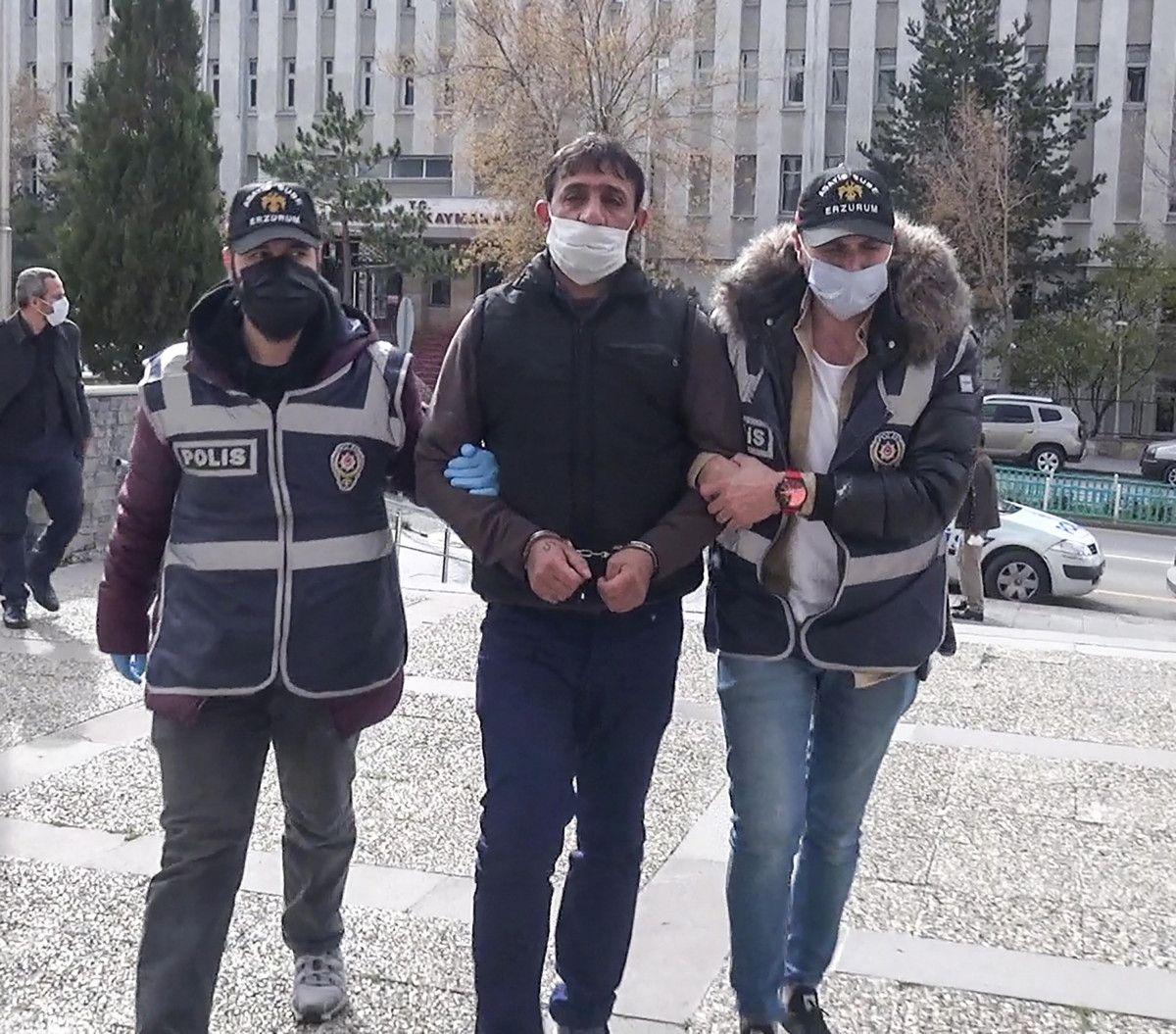Erzurum da gözü dönen şahıs, kızını 24 bıçak darbesiyle yaraladı #10