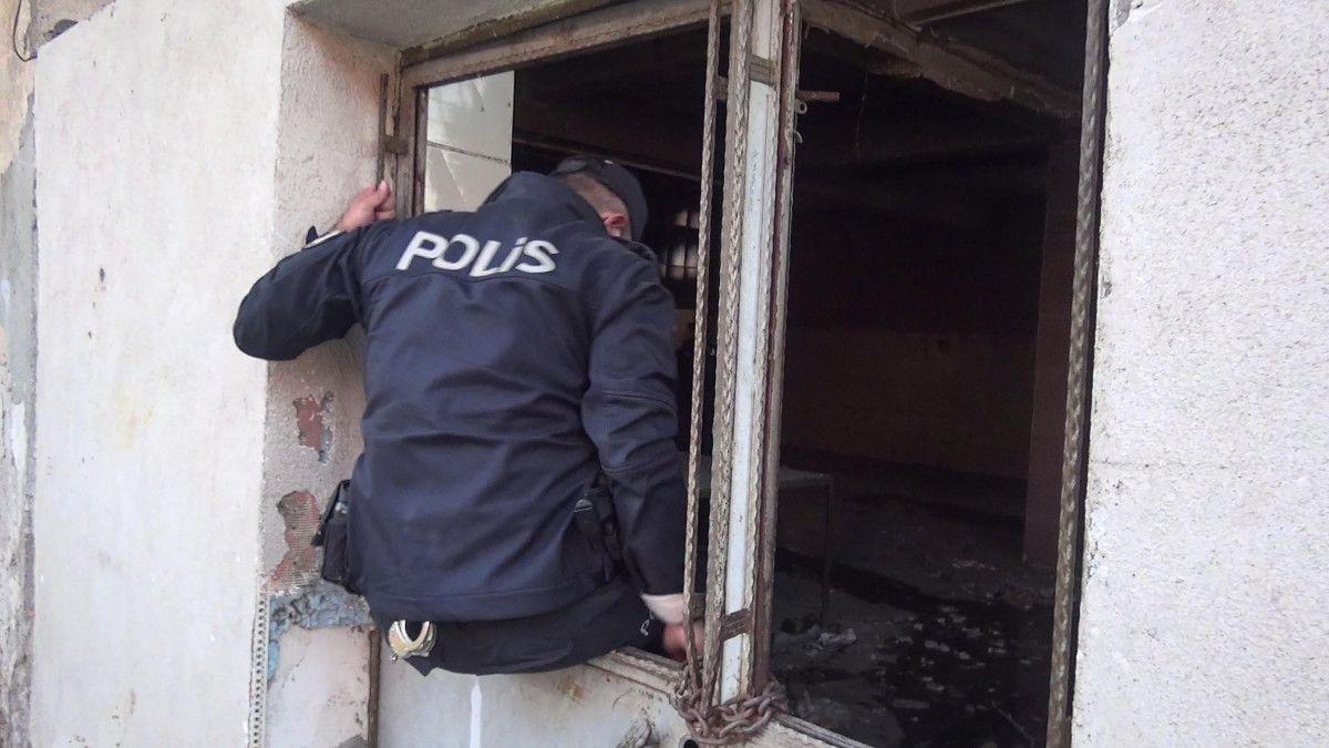 Erzurum da gözü dönen şahıs, kızını 24 bıçak darbesiyle yaraladı #8