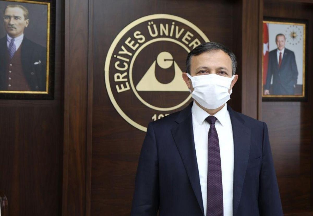 Erciyes Üniversitesi rektörü Çalış yerli aşı için gönüllülere çağrı yaptı #1