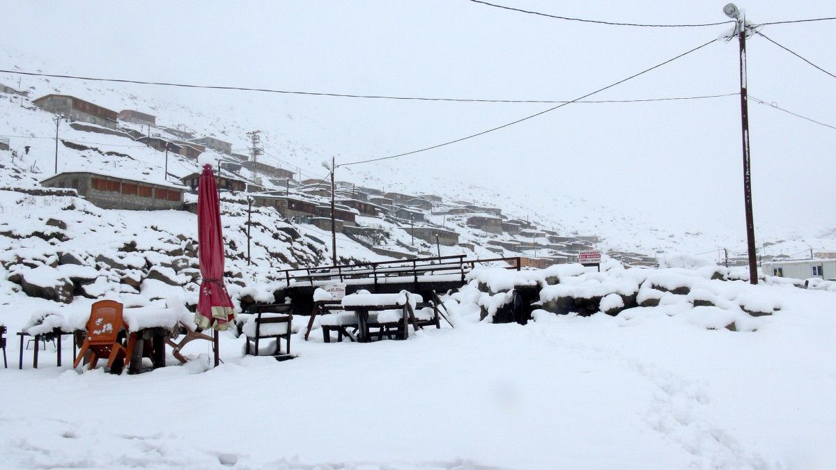 Rize de kar kalınlığı 25 santimetreyi buldu #8