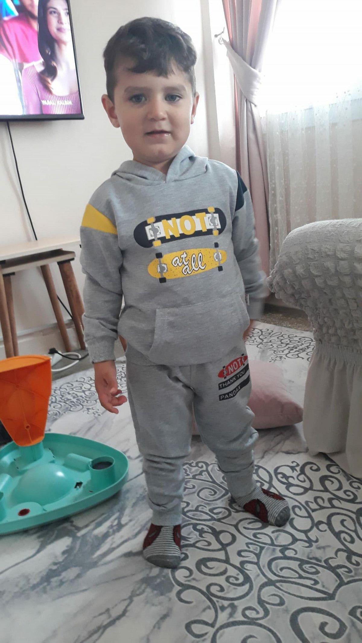 İzmir de ehliyetsiz sürücünün çarptığı 2 yaşındaki Emirhan kusurlu bulundu #2