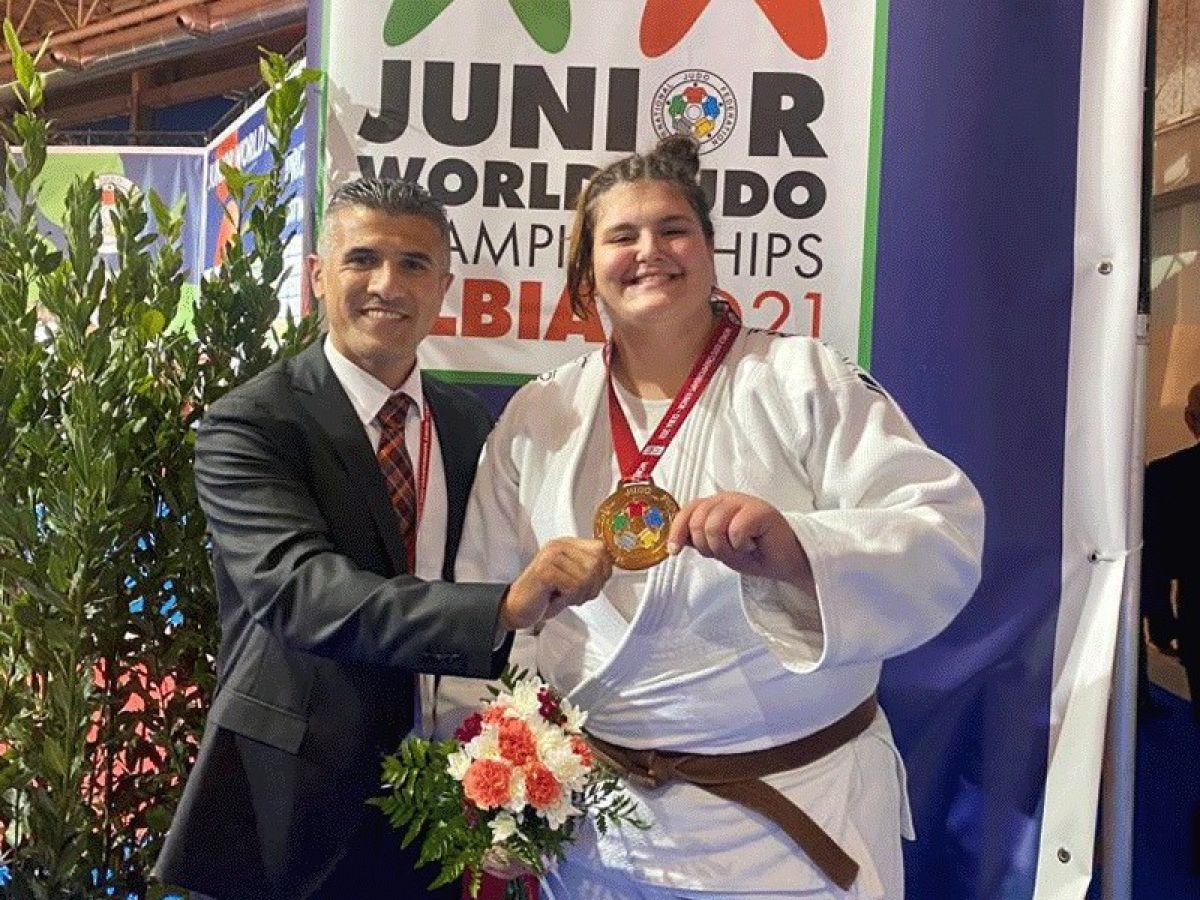 Milli judocu Hilal Öztürk dünya üçüncüsü #1