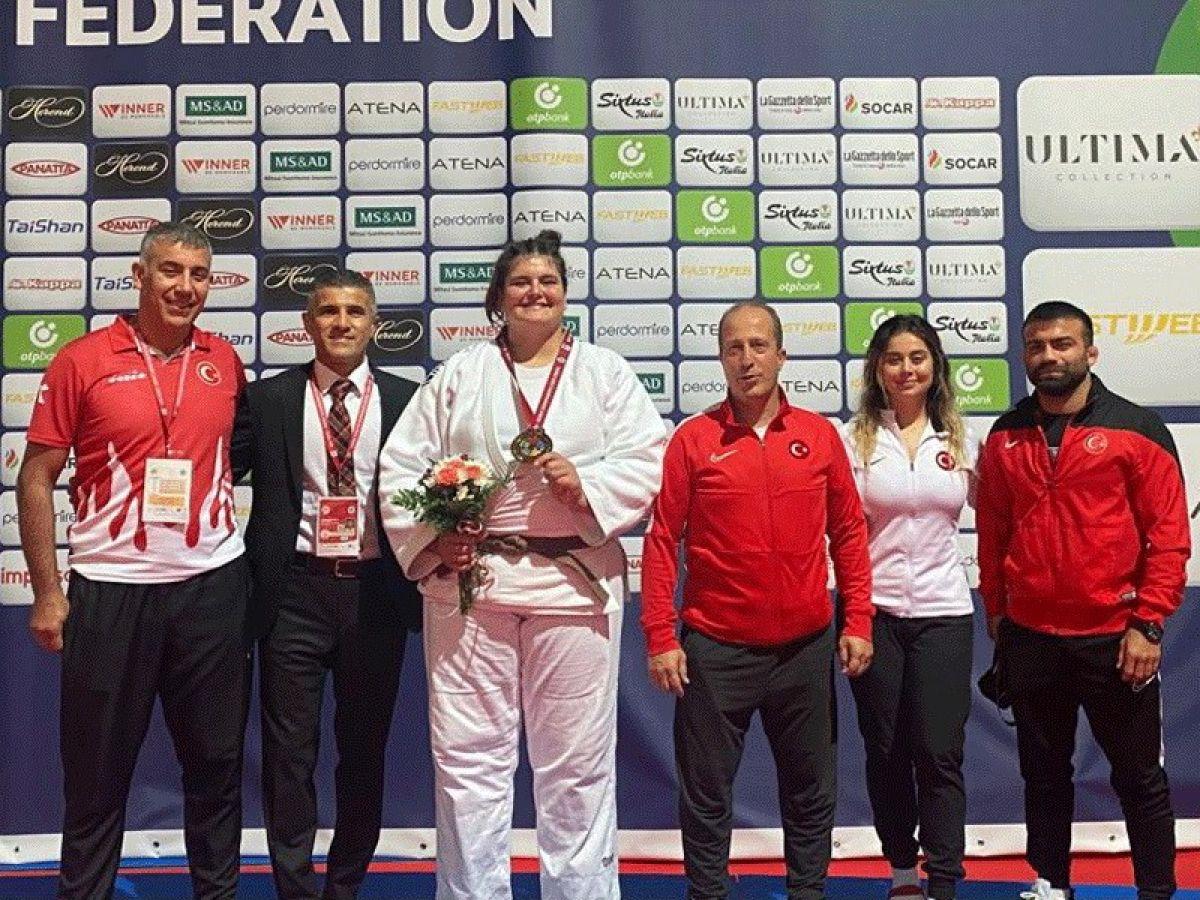 Milli judocu Hilal Öztürk dünya üçüncüsü #2