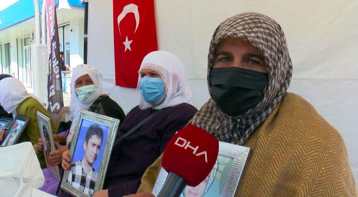 Muş ta kızı için nöbet tutan anne: Demirtaş ın cezaevinden çıkmasını istemiyorum #1