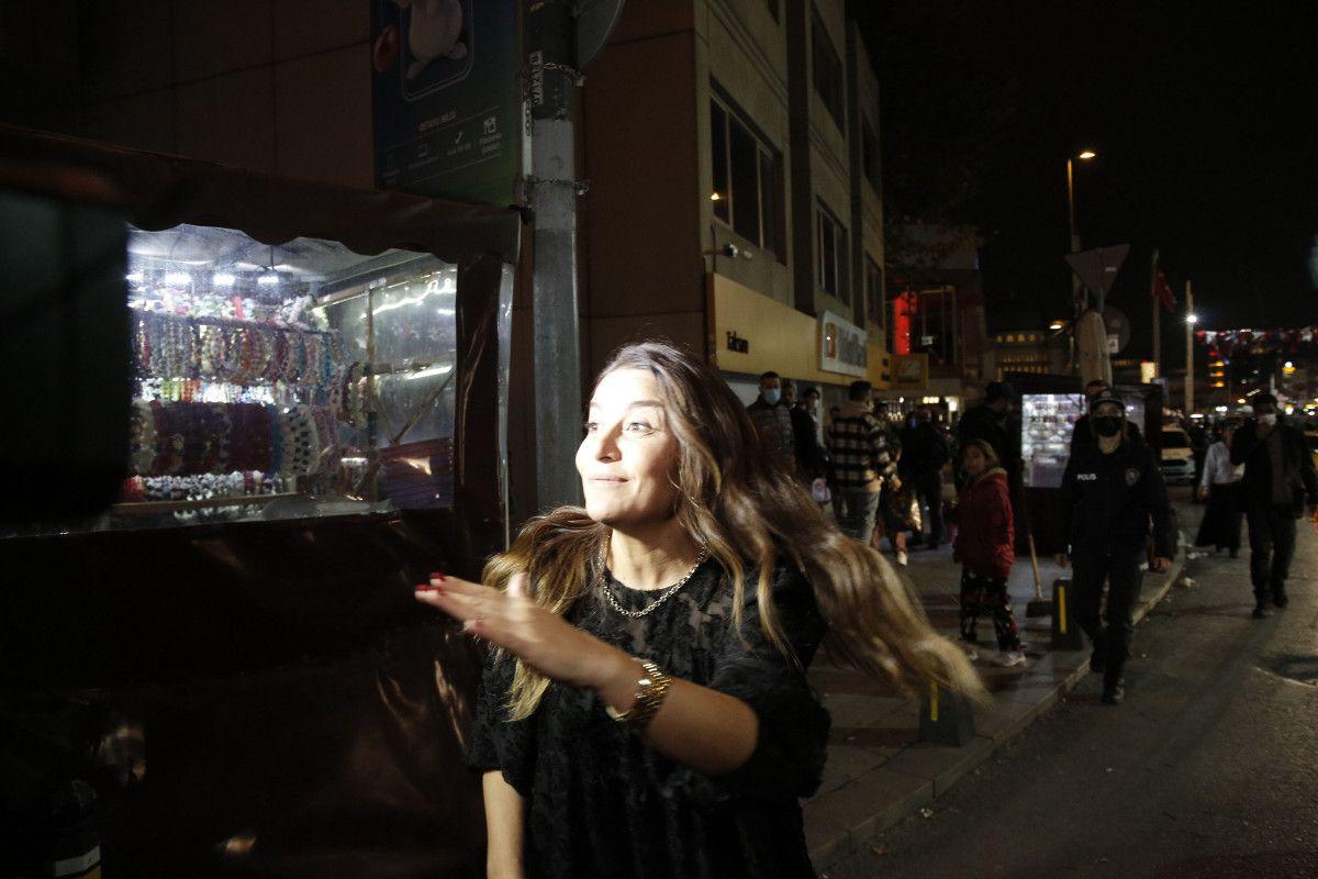 Taksim de bir kadın, polis noktasındaki taksiciye küfür etti #2