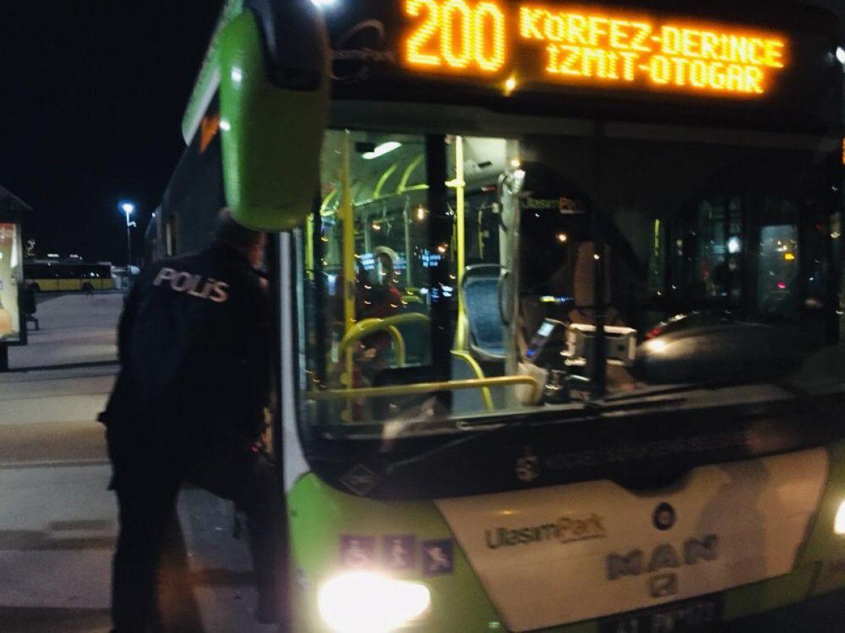 Kartal da otobüsten inmeyen koronavirüs hastası kadını polis indirdi #1