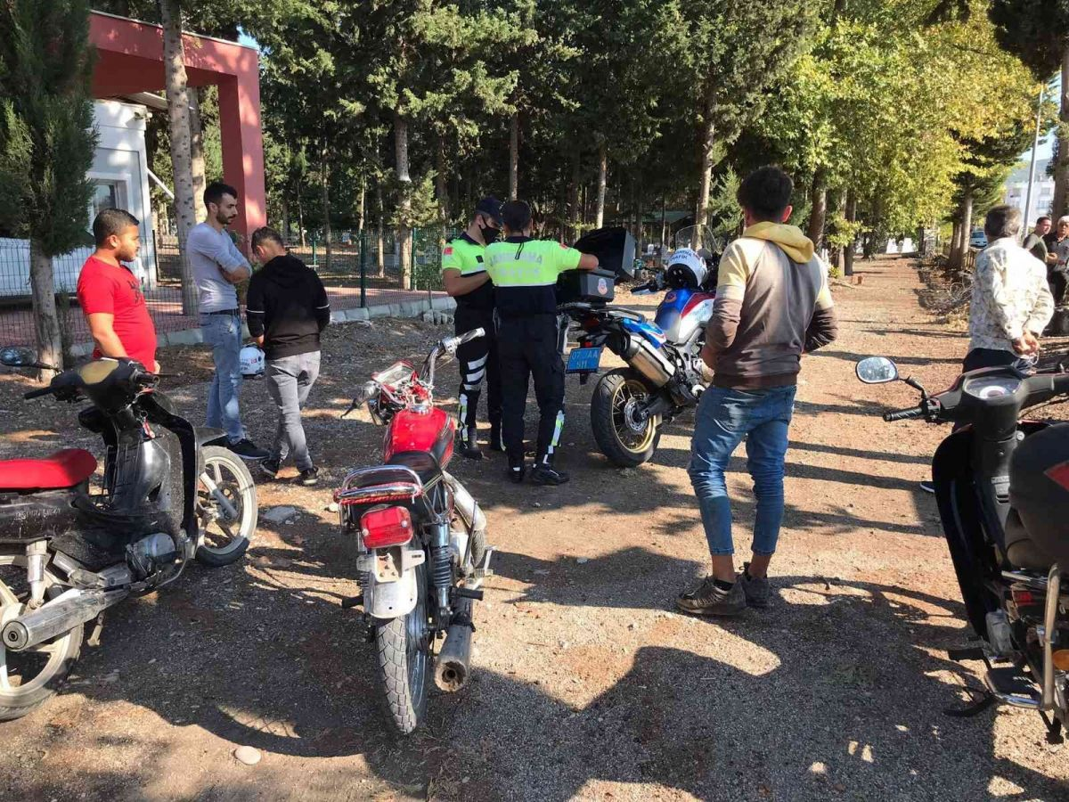 Antalya da kask takmayan 380 sürücüye 215 bin lira ceza #2