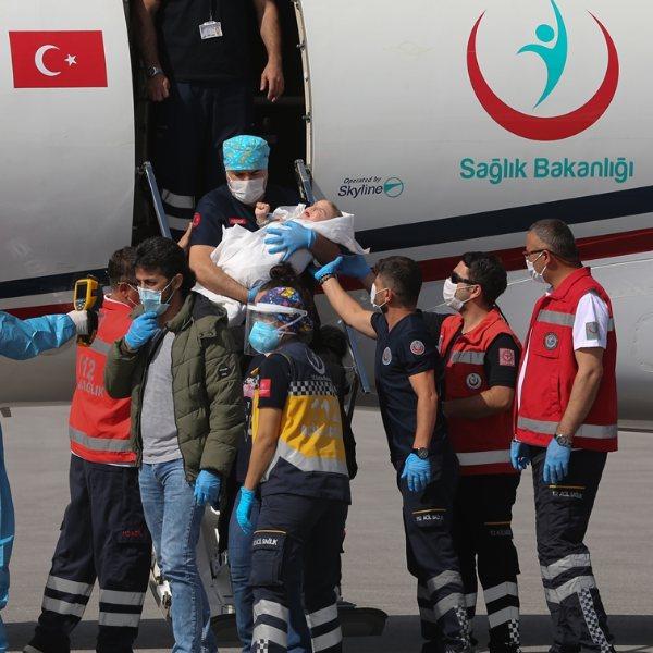 Cumhurbaşkanı Erdoğan, siyam ikizlerinin ailesini aradı