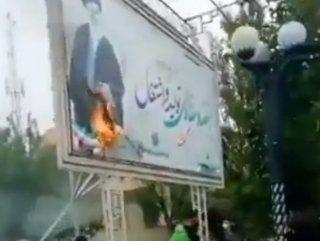 İran gösteriler nedeniyle internete erişimi kesti #1