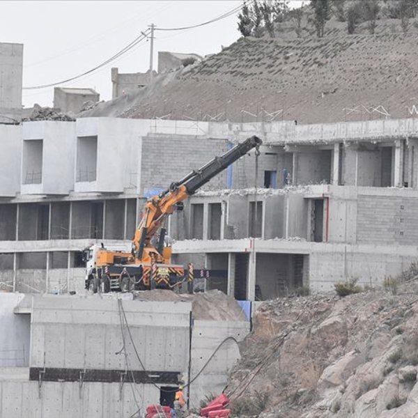 Antalya'da 413 imara aykırı yapı tespit edildi