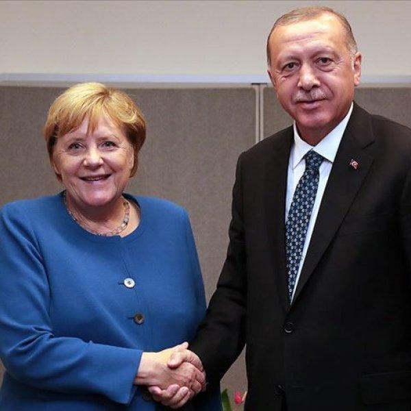 Cumhurbaşkanı Erdoğan, Merkel ile görüştü #1