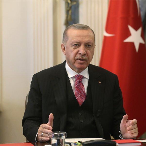 Erdoğan: Onlar film çevirsinler, biz tarih yazacağız #1