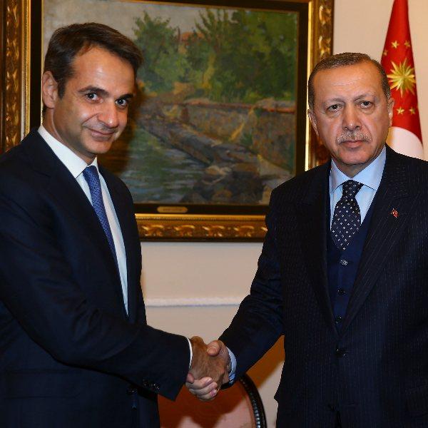 Miçotakis: Türkiye ile aracılara ihtiyacımız yok