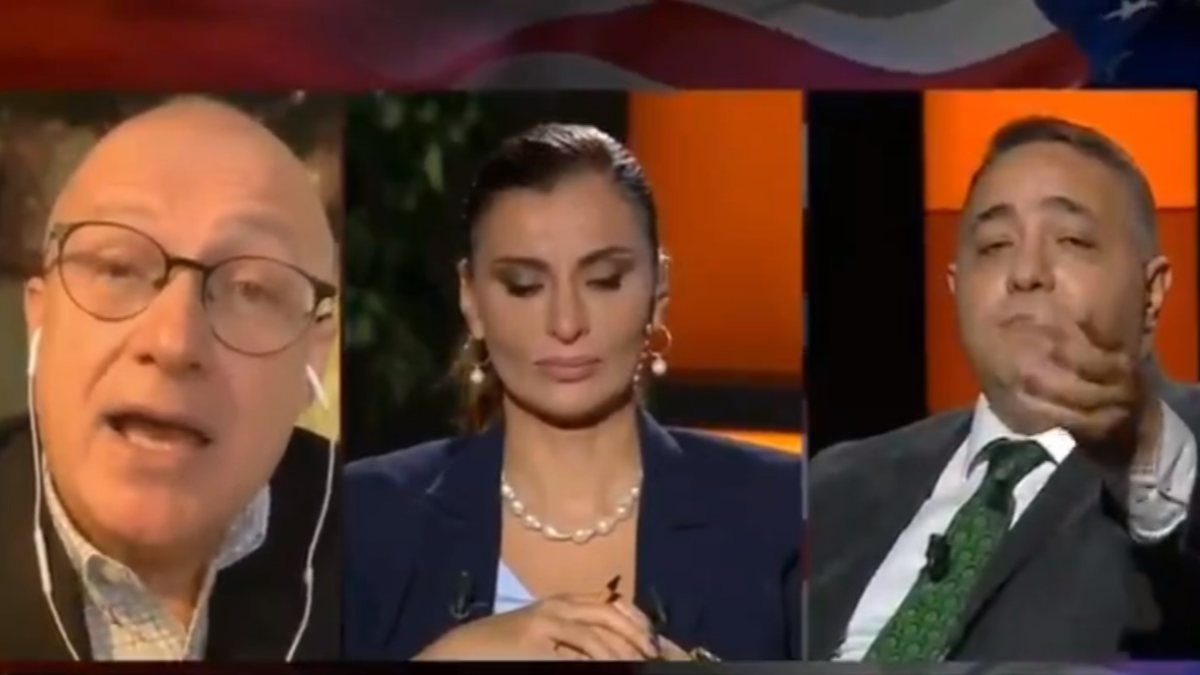 Razi Canikligil, Zafer Şahin'e hakaretler savurup yayını terk etti