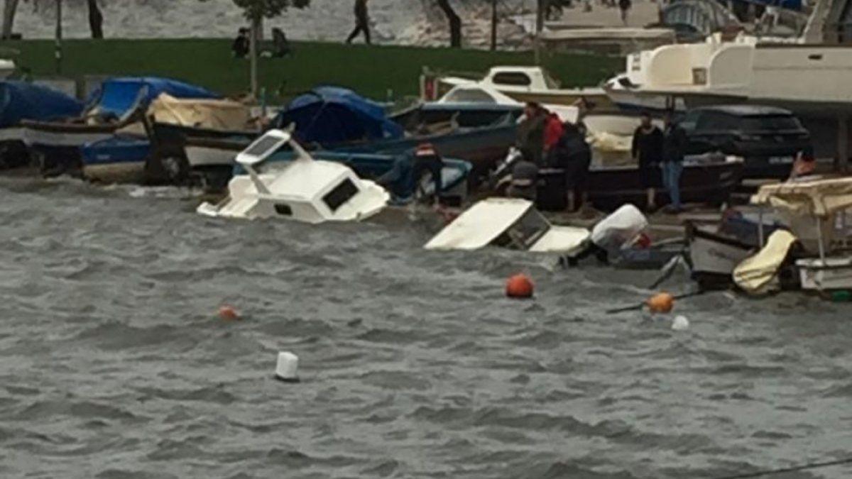 İstanbul Ve İzmir'de fırtına çatıları uçurdu, tekneleri batırdı -  DUALFILMIZLE