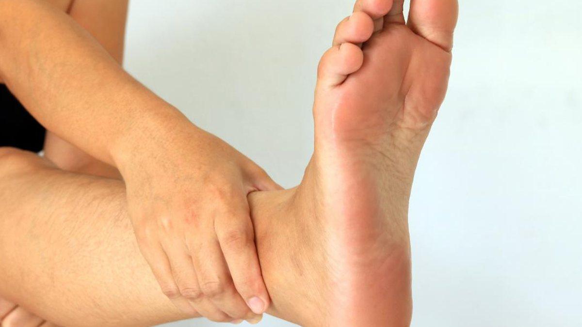 Ayak şişmesinin 6 olası nedeni
