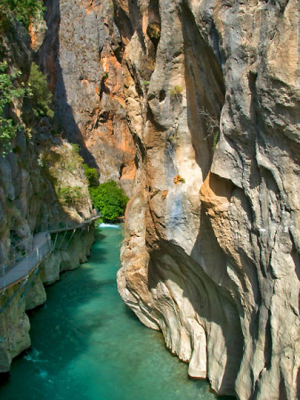 Bir doğa harikası: Saklıkent Kanyonu