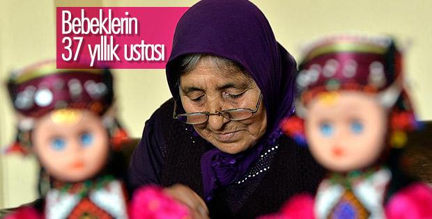 37 yıldır Türkmen kadınını tanıtan bebekleri yapıyor