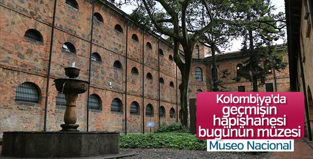 Kolombiya'daki Museo Nacional'a ziyaretçi akını