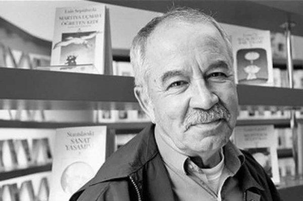 Erdal Öz Edebiyat Ödülü Adalet Ağaoğlu'na gitti