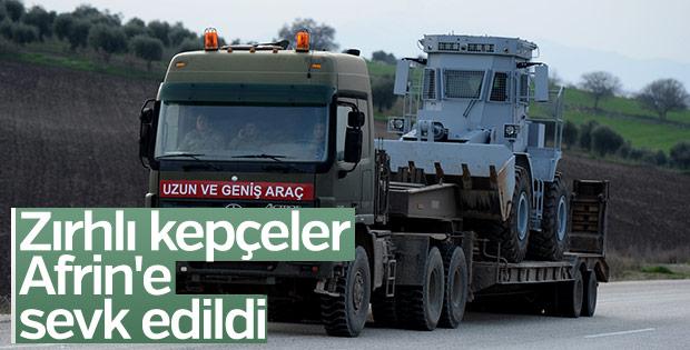 Afrin'e zırhlı iş makinesi desteği