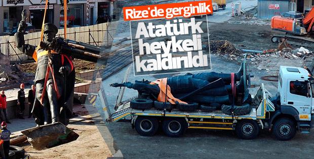 Rize'de Atatürk heykeli kaldırıldı
