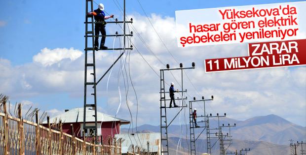 Yüksekova'da hasar gören elektrik şebekeleri yenileniyor