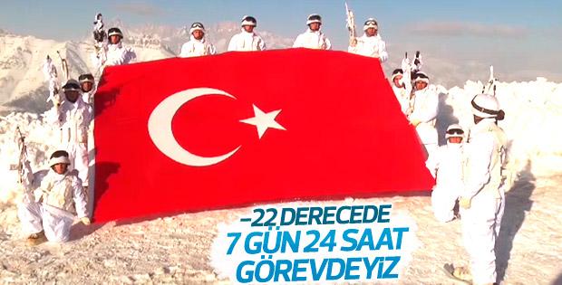 Mehmetçik'ten yeni yıl mesajı