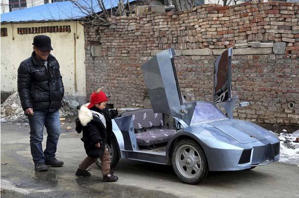 Çinli adam torunu için Lamborghini yaptı