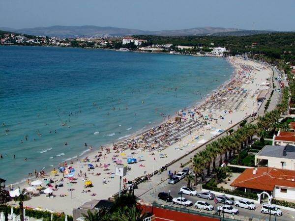 Çeşme'nin dünyaca ünlü Ilıca Plajı artık ücretsiz