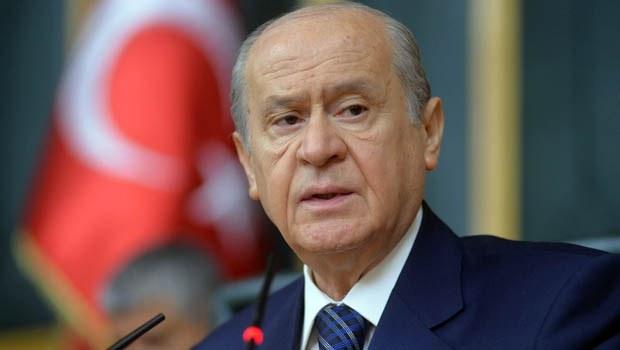 Bahçeli seçim kampanyasının açılışında hükümete yüklendi