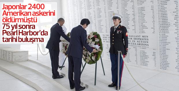 Obama ile Şinzo Abe Pearl Harbor'da buluştu