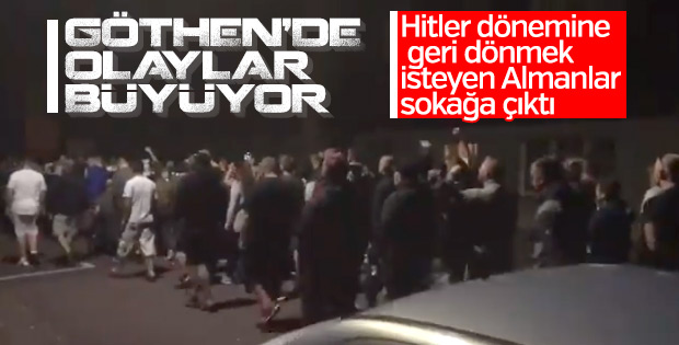 Almanya'da Naziler sokaklarda