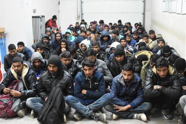 yunanistan mülteciler ile ilgili görsel sonucu
