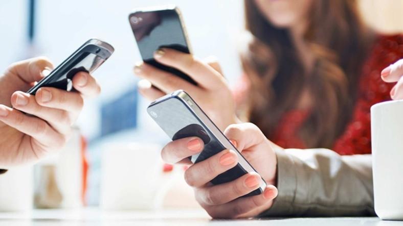 cep telefonu kullanımı ile ilgili görsel sonucu