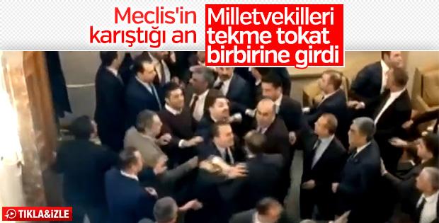 Meclis'te kavga anlarına ait görüntüler