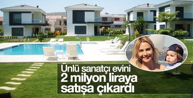 Ece Erken Alaçatı'daki evini satıyor