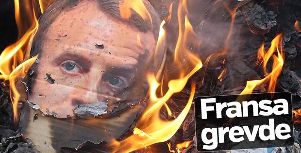 Fransa'da demir yolu grevi devam ediyor