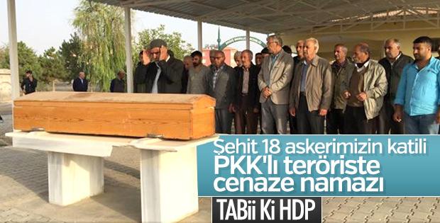 Malatya'da PKK'lı teröristin cenazesini HDP kaldırdı