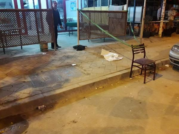 Kahvehanede gençler birbirine girdi: 2 yaralı