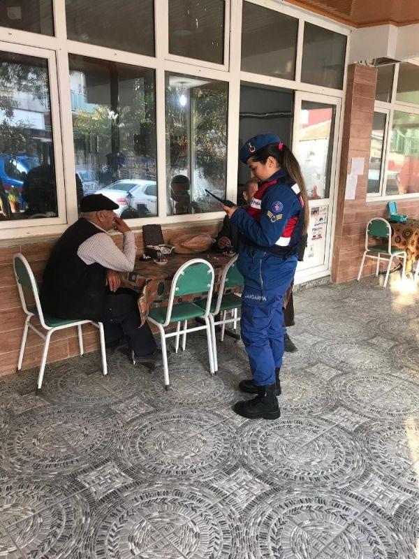 Jandarma bin personelle uygulama yaptı