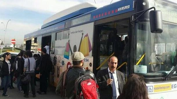 ODTÜ öğrencileri otobüsten inmeme eylemi yaptı