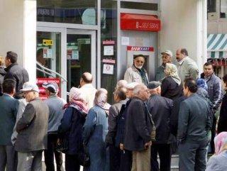 Özel bankalar emekliler için kesenin ağzını açtı