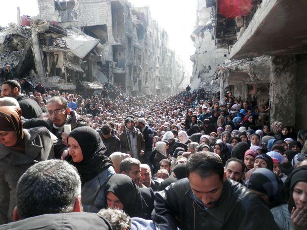Suriye'deki Yermük Mülteci Kampında insanlık dramı