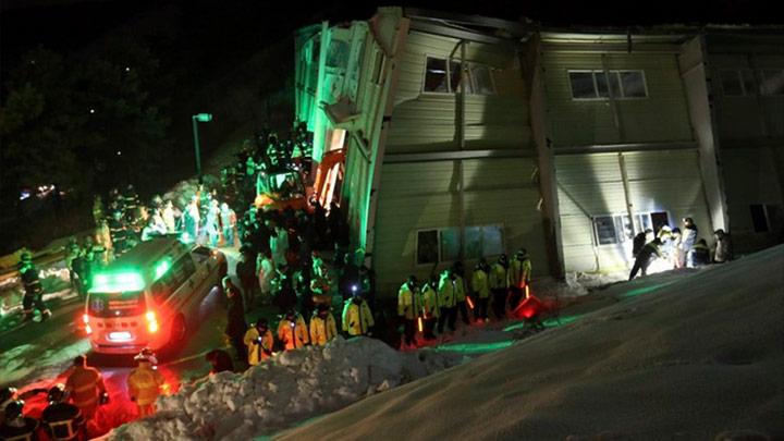 Güney Kore'de bina çöktü: 9 ölü