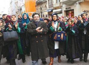 Ankaralı hakimin başörtüsü yasağı Metin Feyzioğlu'na takıldı
