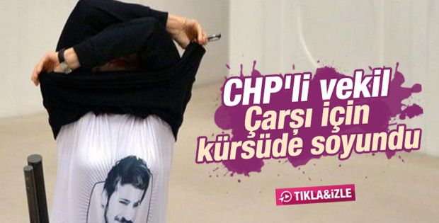 CHP'li Melda Onur protesto için kürsüde soyundu