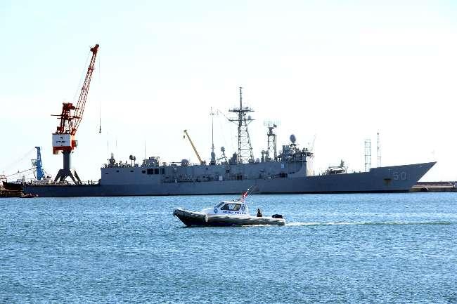 ABD savaş gemisi Samsun'da demir attı