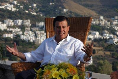 Ak Parti Bodrum adayı: Paran varsa sabaha kadar iç